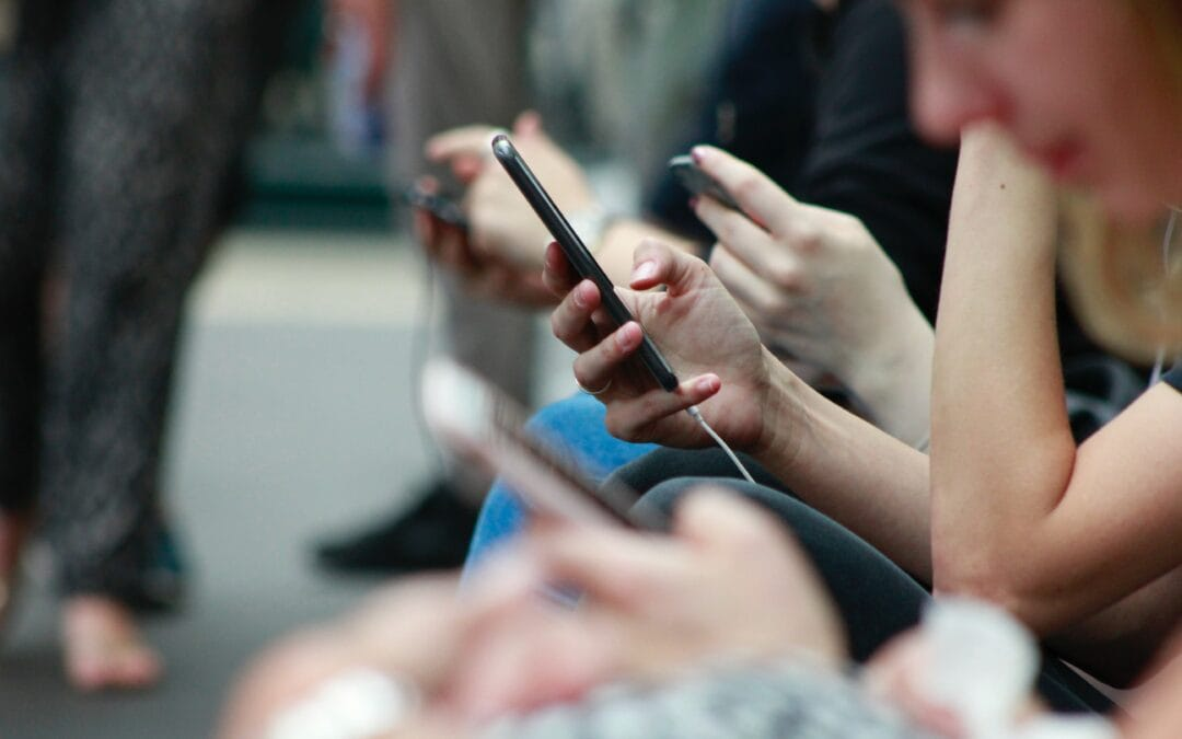 How to stay engaged with clients in an increasingly mobile world